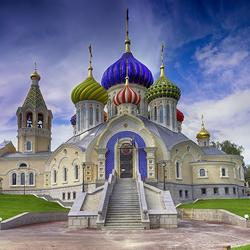 Пазл онлайн: Храм в Переделкино