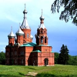 Пазл онлайн: Церковь в Волговерховье