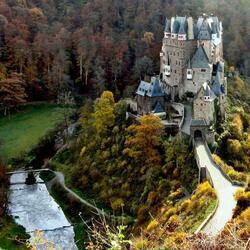 Пазл онлайн: Замок Эльц. Германия