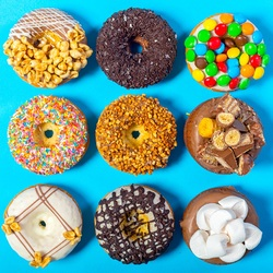 Пазл онлайн: Сладкие пончики