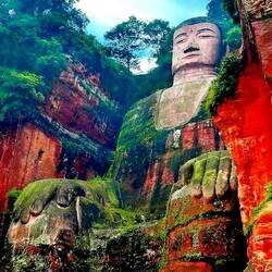Пазл онлайн: Статуя Будды в Лэшане