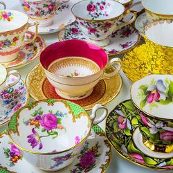 Пазл онлайн: Красивые чашки