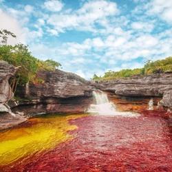 Пазл онлайн: Радужная река Каньо Кристалес