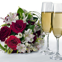 Пазл онлайн: Цветы и шампанское