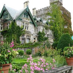 Пазл онлайн: Замок Хэтли и его сады