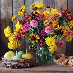 Пазл онлайн: Букет цветов и тыквы