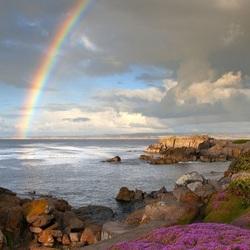 Пазл онлайн: Радуга над морем
