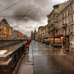 Пазл онлайн: Дождь на Фонтанке и дождь на Неве