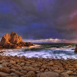 Пазл онлайн: Каменистый берег