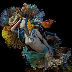 Пазл онлайн: Девушка - цветок