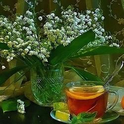 Пазл онлайн: Чай при ландышах