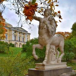 Пазл онлайн: Веселый кентавр в Павловске