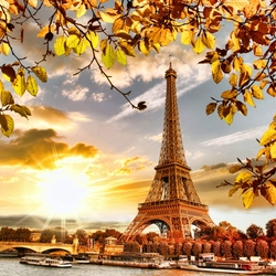 Пазл онлайн: Осень в Париже
