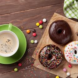 Пазл онлайн: Кофе и пончики