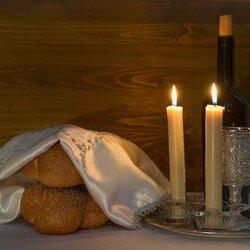 Пазл онлайн: Свечи в субботу