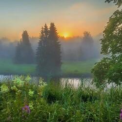 Пазл онлайн: Туман над рекой