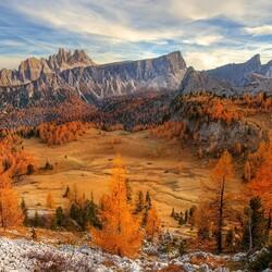 Пазл онлайн: Доломитовые Альпы