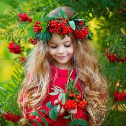 Пазл онлайн: Девочка-осень