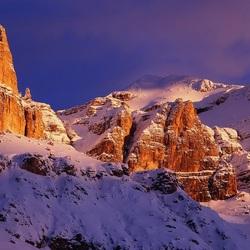 Пазл онлайн: Горы в снегу