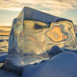 Пазл онлайн: Внутри льда