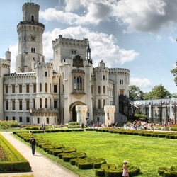 Пазл онлайн: Замок Глубока-над-Влтавой