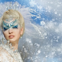 Пазл онлайн: В стиле Снежной королевы