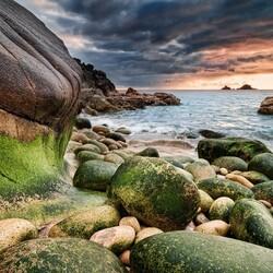 Пазл онлайн: Береговые камни
