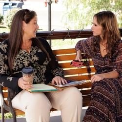Пазл онлайн: Мелинда и Делия