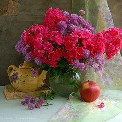 Пазл онлайн: Душистые гроздья пьянящих цветов