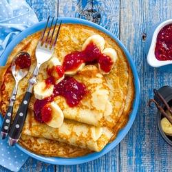 Пазл онлайн: Завтрак 8 марта