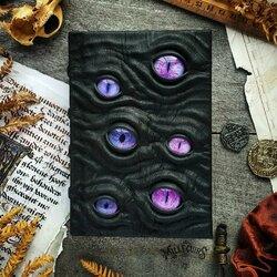 Пазл онлайн: Фиолетовоглазый наблюдатель