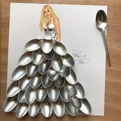 Пазл онлайн: Платье из ложек