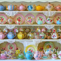 Пазл онлайн: Чайники и чашки