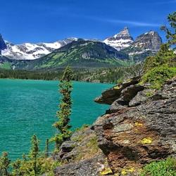 Пазл онлайн: Озеро в горах