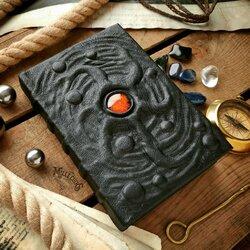 Пазл онлайн: Чёрная книга космического ужаса