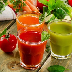 Пазл онлайн: Овощные соки