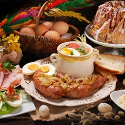 Пазл онлайн: Традиционный польский пасхальный завтрак