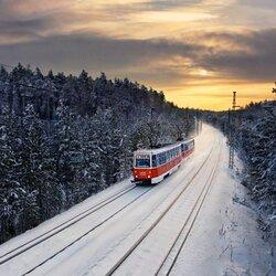 Пазл онлайн: Трамвай через тайгу