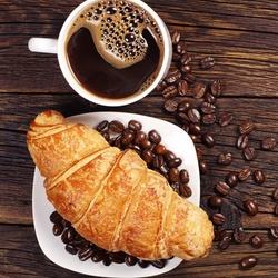 Пазл онлайн: Кофе и круассан