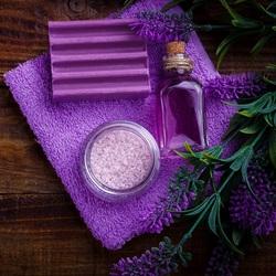 Пазл онлайн: Фиолетовый