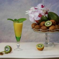 Пазл онлайн: Киви-манго фреш