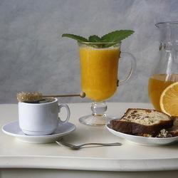 Пазл онлайн: Завтрак с апельсиновым соком