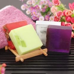 Пазл онлайн: Разноцветное мыло