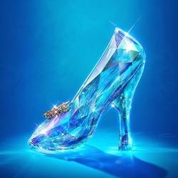 Пазл онлайн: Туфелька Золушки