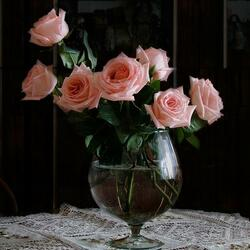 Пазл онлайн: Розы в бокале