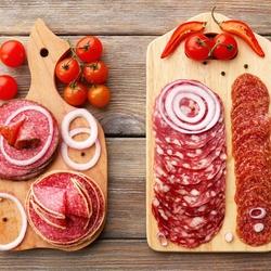 Пазл онлайн: Копченая колбаска