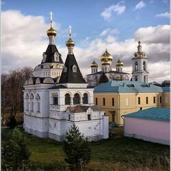 Пазл онлайн: Дмитровский кремль-музей