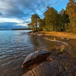 Пазл онлайн: Берег Ладоги
