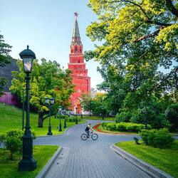 Пазл онлайн: Александровский сад