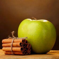 Пазл онлайн: Яблоко и корица
